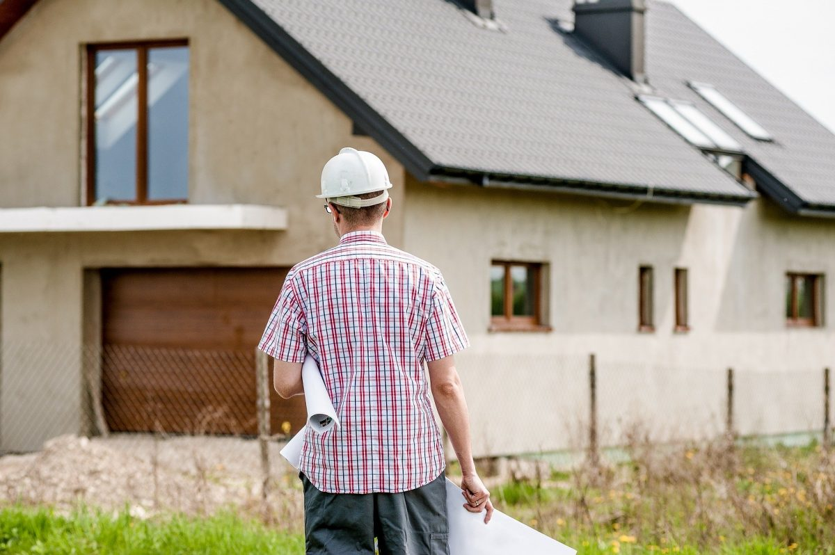 advantages that a home builder brings to a project